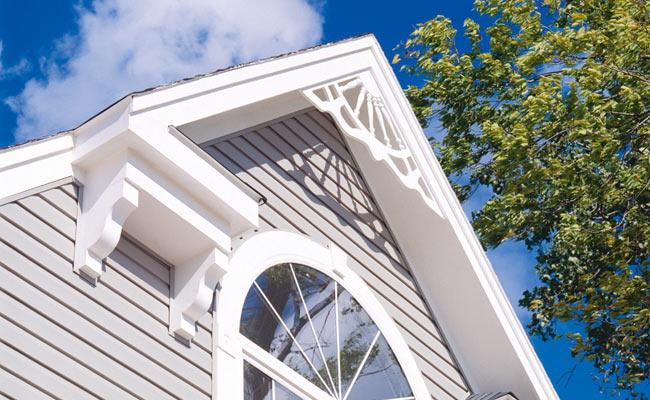 ペディメント装飾材、屋根のモールディング